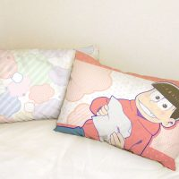 pillow_osomatsusan1_heya