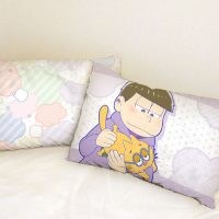 pillow_osomatsusan4_heya